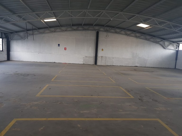 Warehouse For Sale in Calderon - Quito