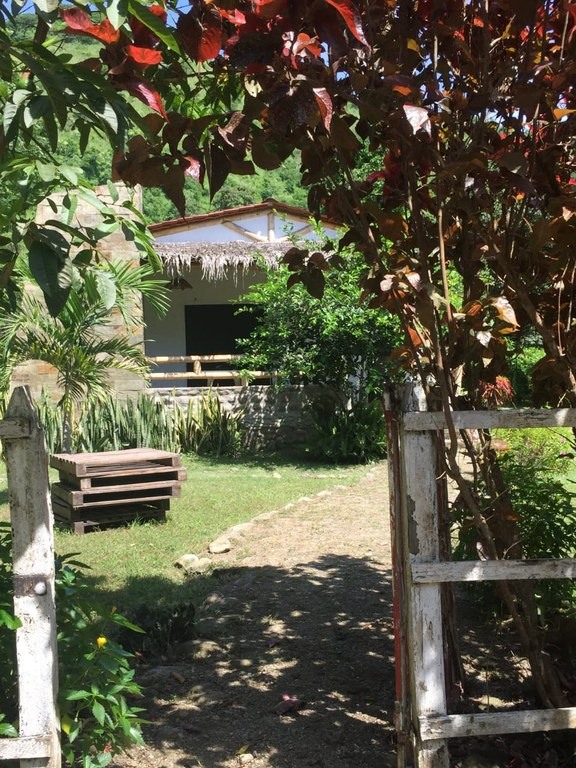 MANGLARALTO GARDEN HOUSE