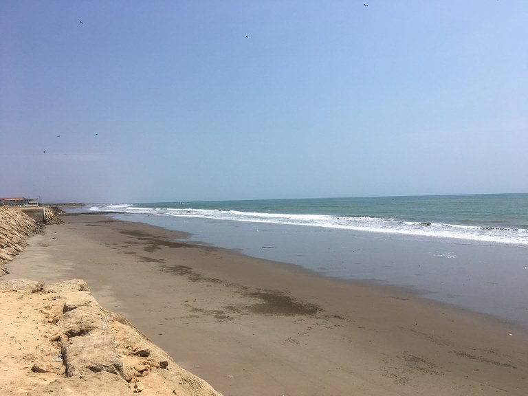 Ecuador Coastal Properties for Sale — English
