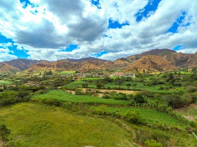 Countryside Development Parcel For Sale in Quinará - Vilcabamba