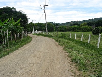 1 Road to the finca.JPG