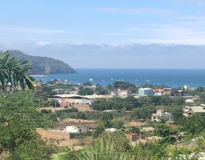 Puerto Lopez: Se Vende Terreno para Construcción Cerca del Mar en Machalilla