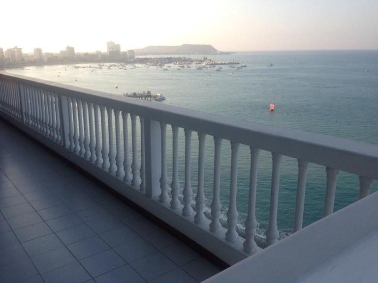 Departamento con vista al mar para disfrutar tus vacaciones!