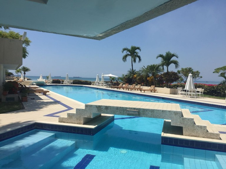 Large and modern 4BR condo for rent in Puerto Lucia, Salinas