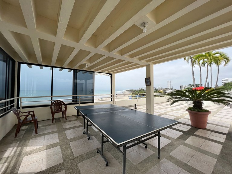Oceanfront Apartment For Rent in Punta Blanca