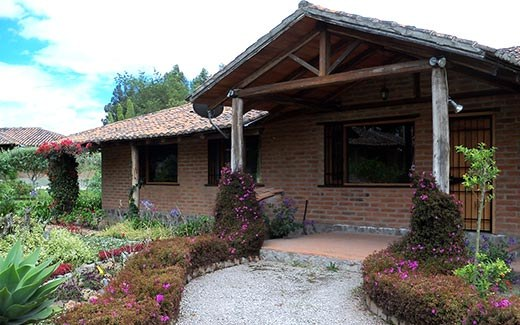 Gardens of Santa Maria: Mountain House For Rent in Cotacachi