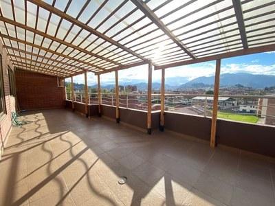 Se Alquila Apartamento en Yanuncay - Cuenca