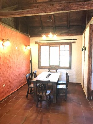 Dinning room 1