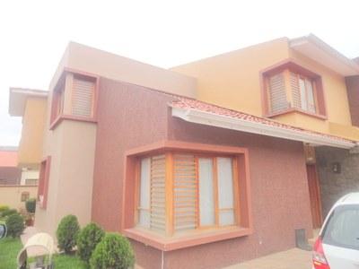 Villa For Sale in Cuenca