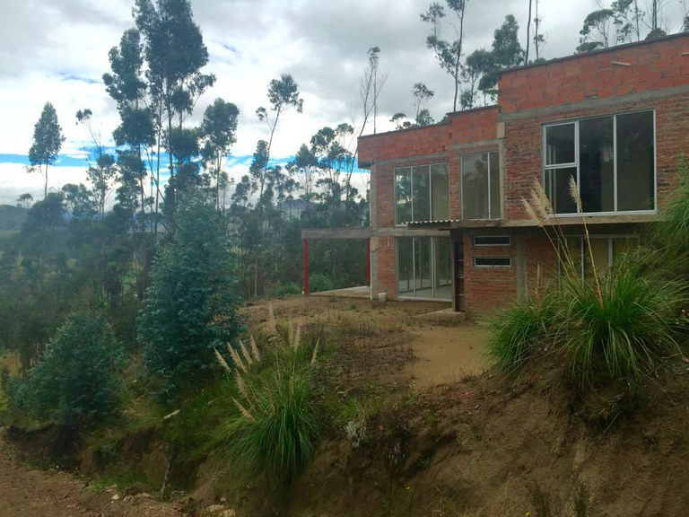 Countryside House For Sale in Tarqui - Cuenca