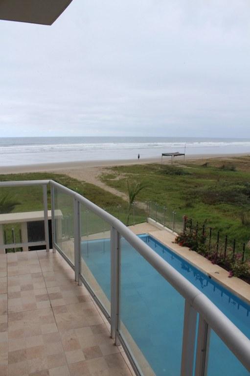 Sunset Shores Resale Unit: Oceanfront Condominium For Sale in Olón