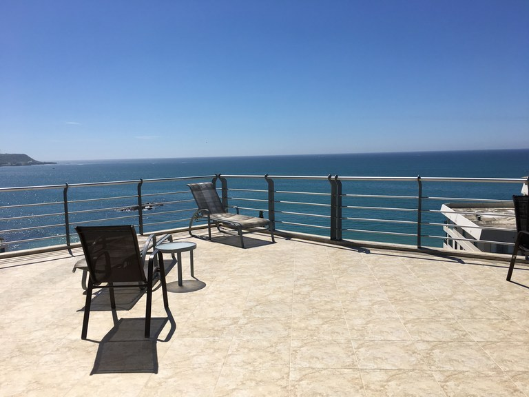 Near the Coast and Oceanfront Condominium For Sale in San Lorenzo - Salinas