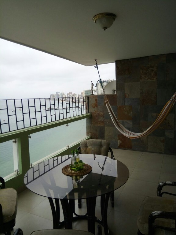 Oceanfront Condominium For Sale in Salinas