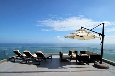 Oceanfront Condominium For Sale in El Murcielago - Manta