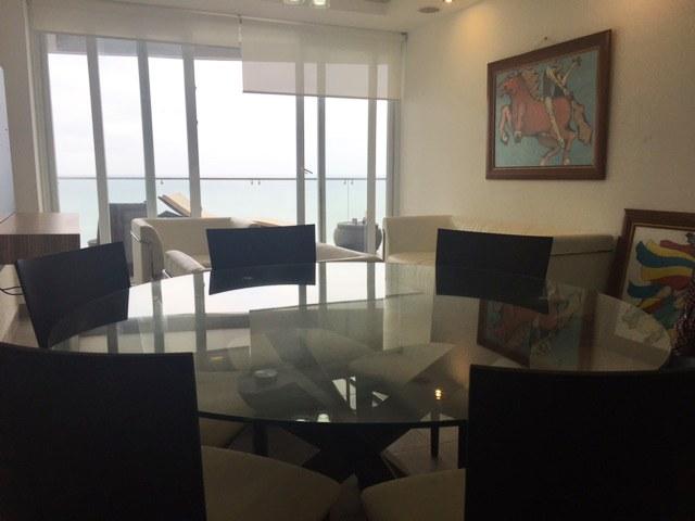 Oceanfront Apartment For Sale in Ciudad del Mar - Manta