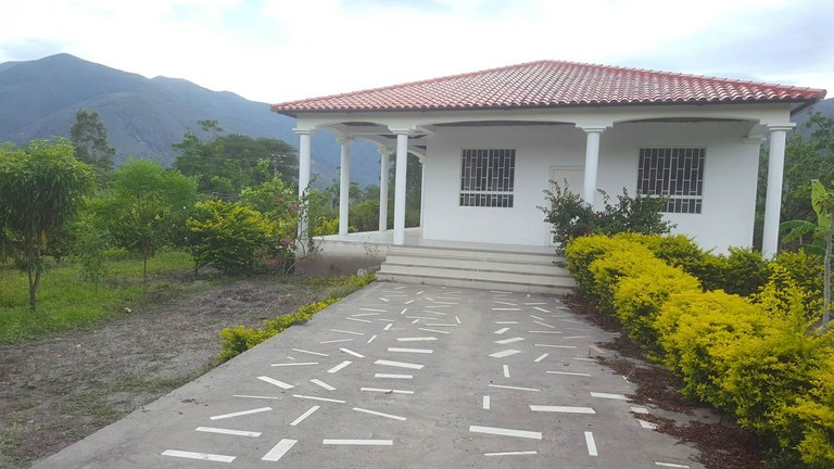 Countryside Country Estate For Sale in Catamayo