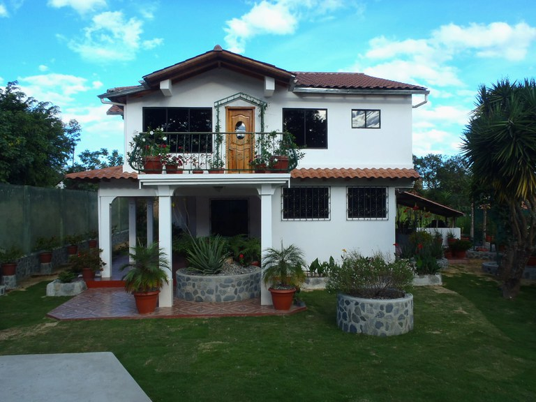 House For Sale in Malacatos
