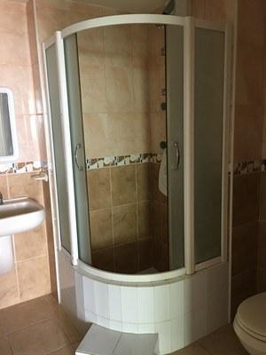 master en-suite bathroom.jpg