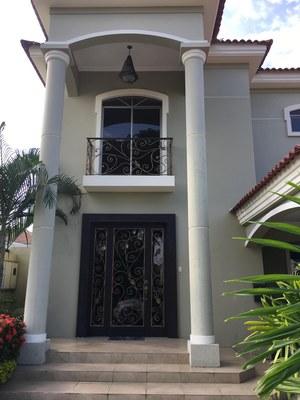 grandiose columns at the entrance.jpg