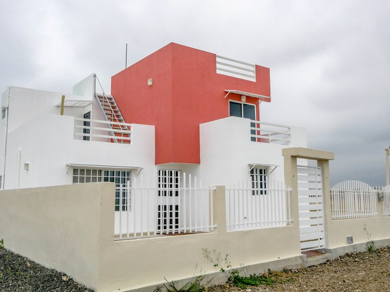 Beach Houses for Sale — Real Estate