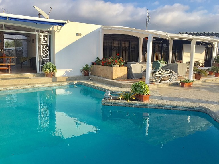 spectacular house for sale house with pool 2 blocks from the beach in punta blanca