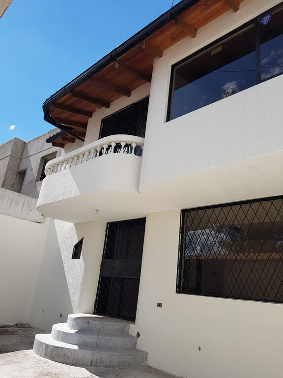 House For Sale in Calderon - Quito