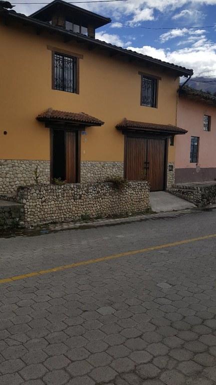 Hermosa casa de Venta con Mirador 360 grados en la Esperanza, Ibarra, Imbabura