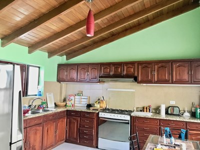 Kitchen 3..jpeg