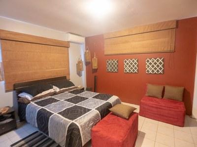 Master Bed-1 (Large).jpg