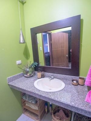 Bathroom2-1 (Large).jpg