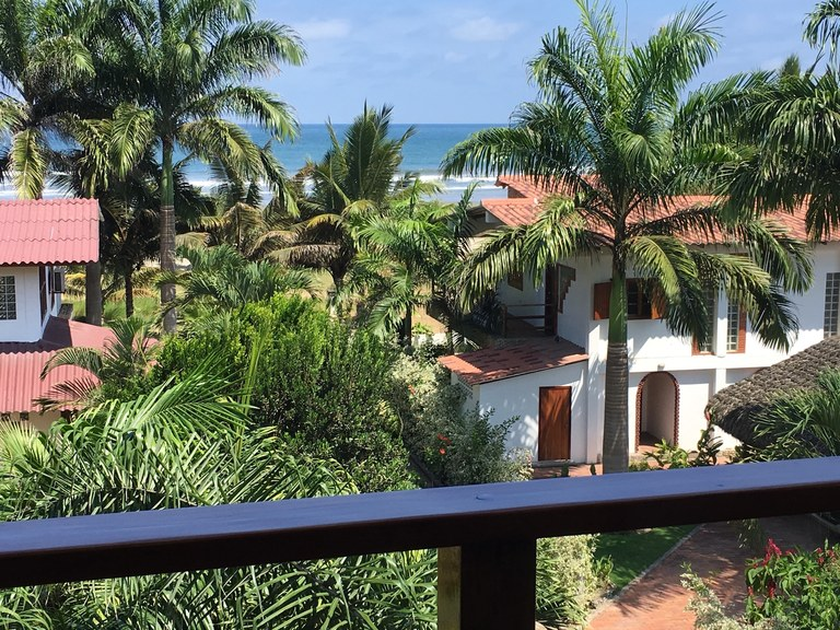 Olon Luxury Unique Condo - Located In Desired Jardines de Olon. Smell the Ocean Breezes