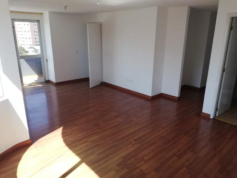 Apartment For Sale in Eloy Alfaro - Quito
