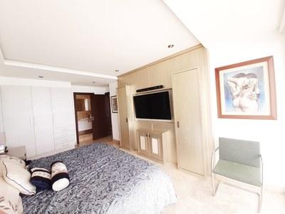 Penthouse_for_sale_manta_luxury_ecuador (19).jpg
