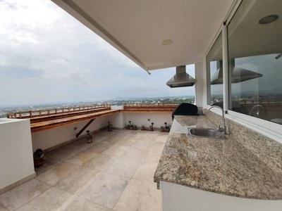 Penthouse_for_sale_manta_luxury_ecuador (20).jpg