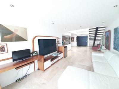 Penthouse_for_sale_manta_luxury_ecuador (0).jpg