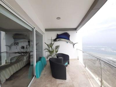 Penthouse_for_sale_manta_luxury_ecuador (3).jpg