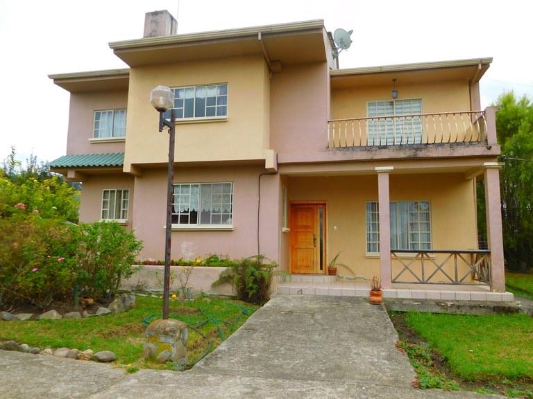 House For Sale in Ricaurte - Cuenca
