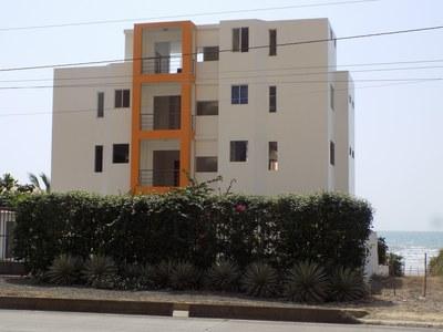 MAR Y MAR: Very well priced oceanfront condominium